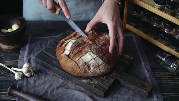 Свежайший хрустящий хлеб
