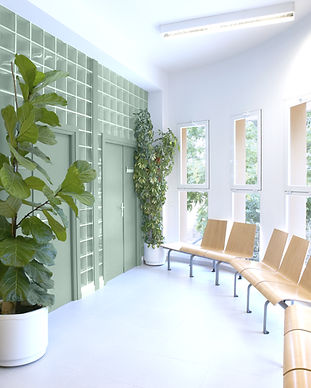 Salle d'attente soignée