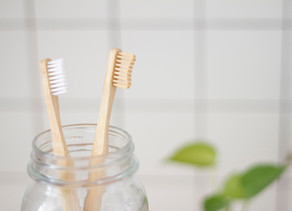 Editors Pick: Natural Products To Improve Your Oral Health Naturally