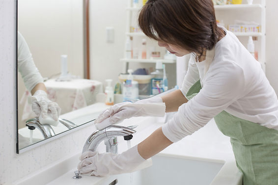 Cleaning the Bathroom Sink
