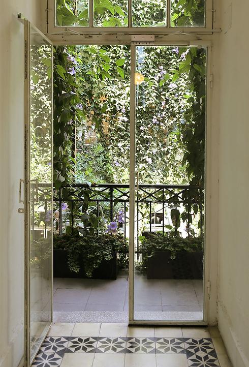 ガラスのドア