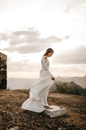 Frau im Hochzeitskleid