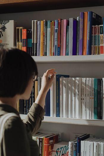 estante de libros