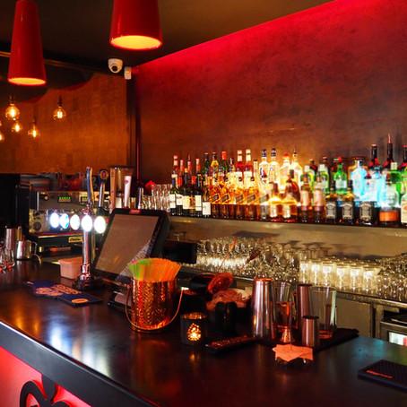Fermeture des bars à minuit, une mesure efficace ?