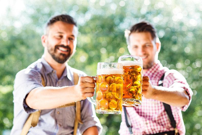 Hommes, boire, bière