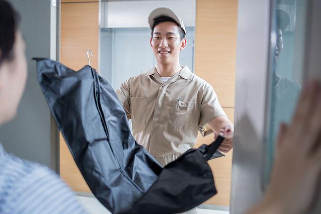 Service de livraison de nettoyage à sec