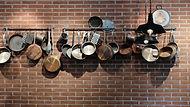 Кастрюли и сковородки
