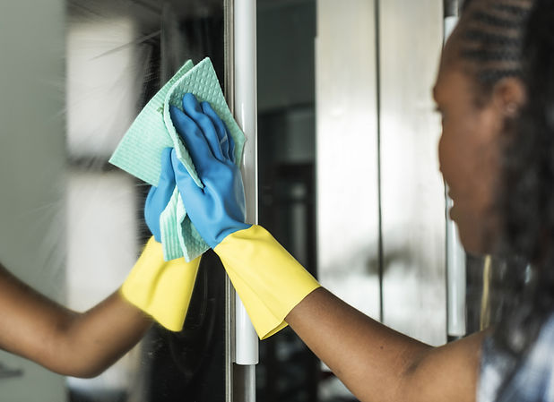 Cleaning Mirror