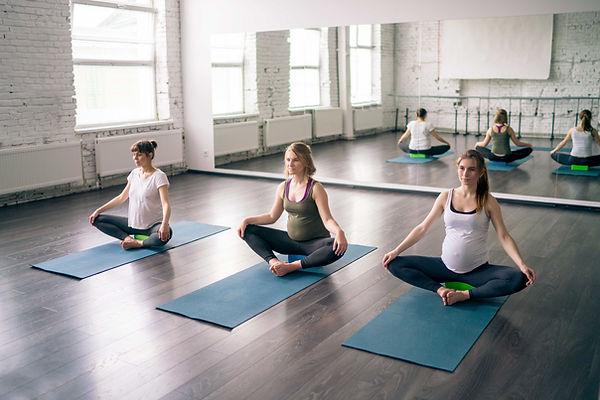 Vorgeburtliche Yoga-Lektion