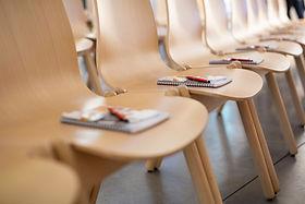Bestuhlung in Konferenzraum