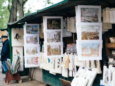The economics of street vendors