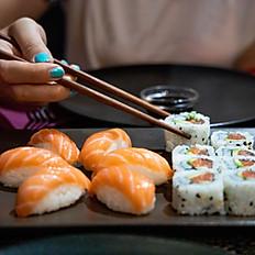 Salmon Nigiri (2pcs)