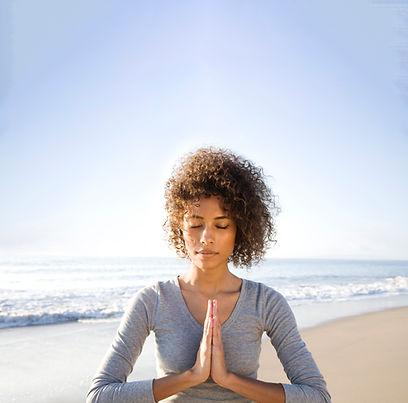 Am Strand meditieren