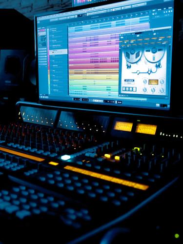 Music Technology & MIDI Mockups