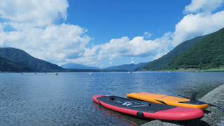 SL25 Paddle Boards by Lake