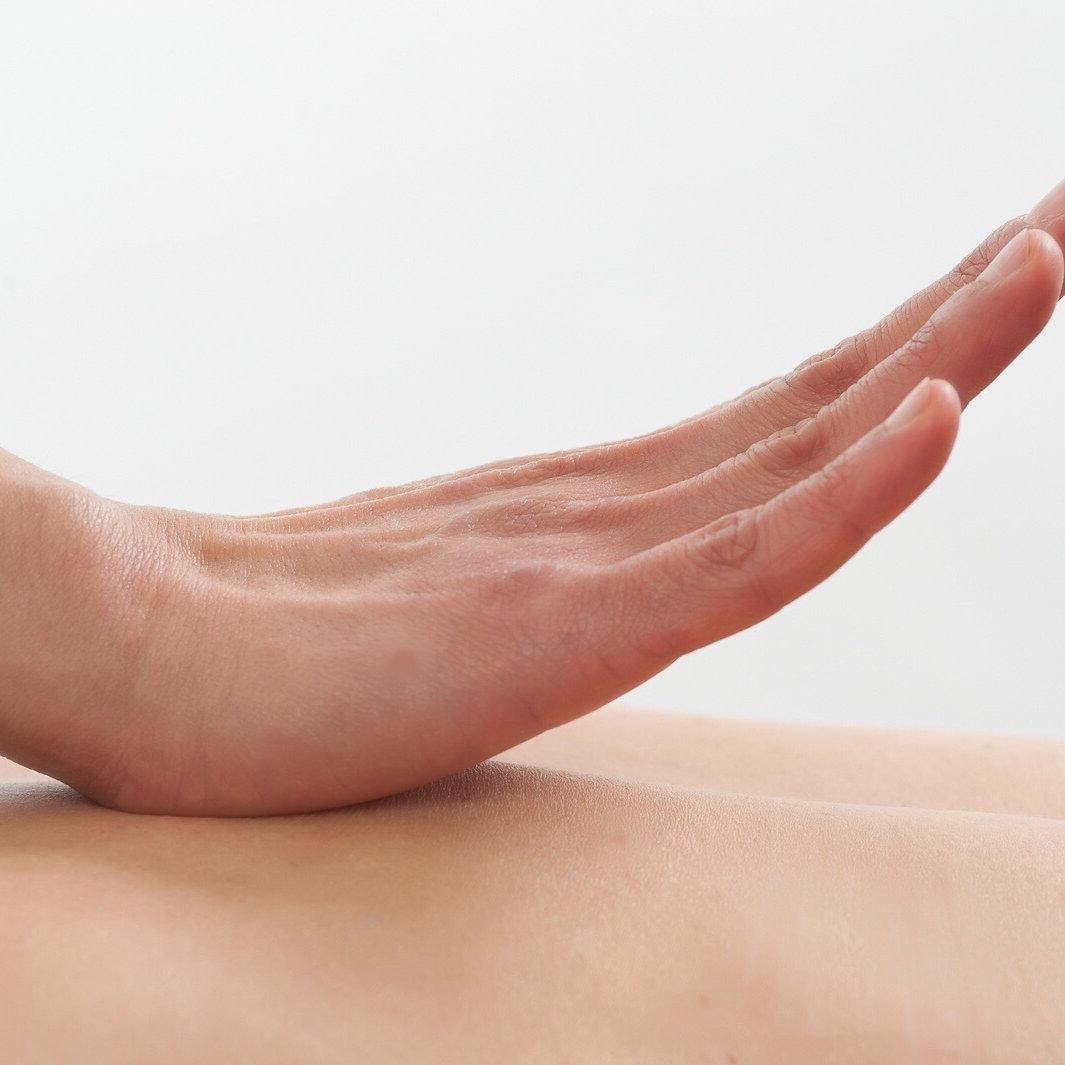 30min Relaxation / Therapeutic Massage