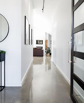 Couloir noir et blanc