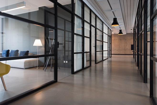 オフィスの廊下