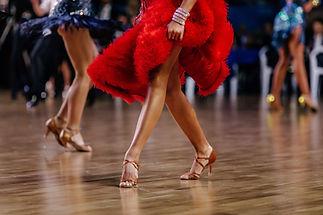 Bailando en rojo