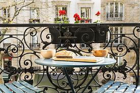 Morgenkaffee auf der Terrasse