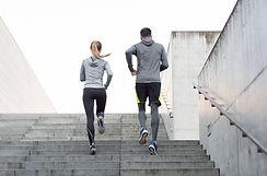 Couple sur une course