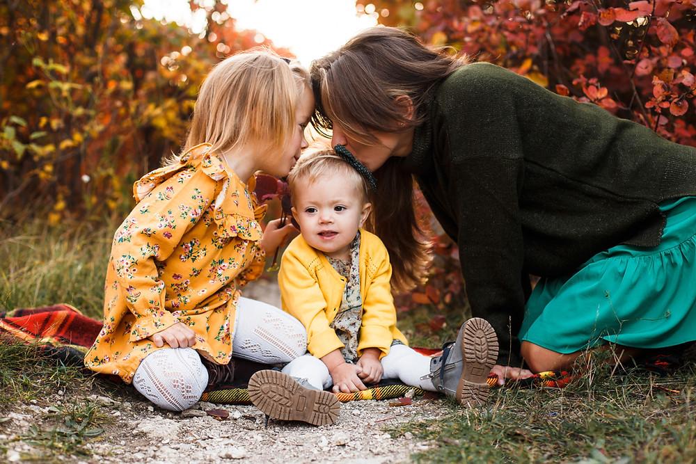 אמא, ושתי בנותיה. הדרכת הוירם למריבות בין אחים