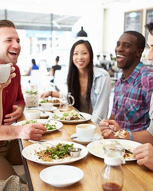 Almoço entre amigos