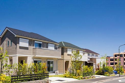 新築住宅が並ぶ新しい町並み