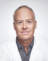 Älterer männlicher Doktor