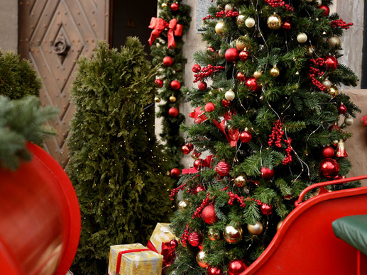 The Top 8 Pet Peeves That Can Make You The Scrooge of Christmas