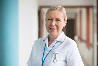 Glimlachende verpleegster