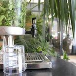 Distributeur de jus avec robinet