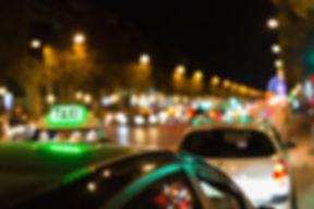 Taxi w nocy