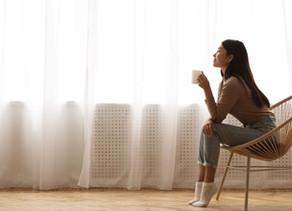 新型コロナウィルス感染症パンデミックが引き起こした変化。ニューノーマルへの適応ストレスを乗り切るための心の対処法