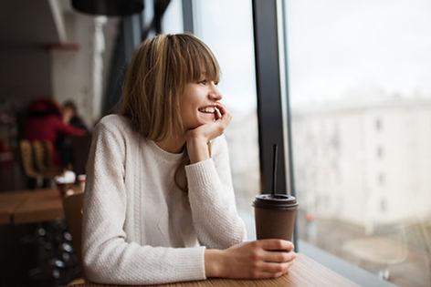 Fröhlicher Kaffee