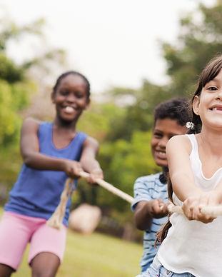 Crianças, tocando, puxão guerra