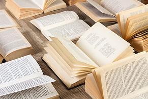 Sortiment von Büchern
