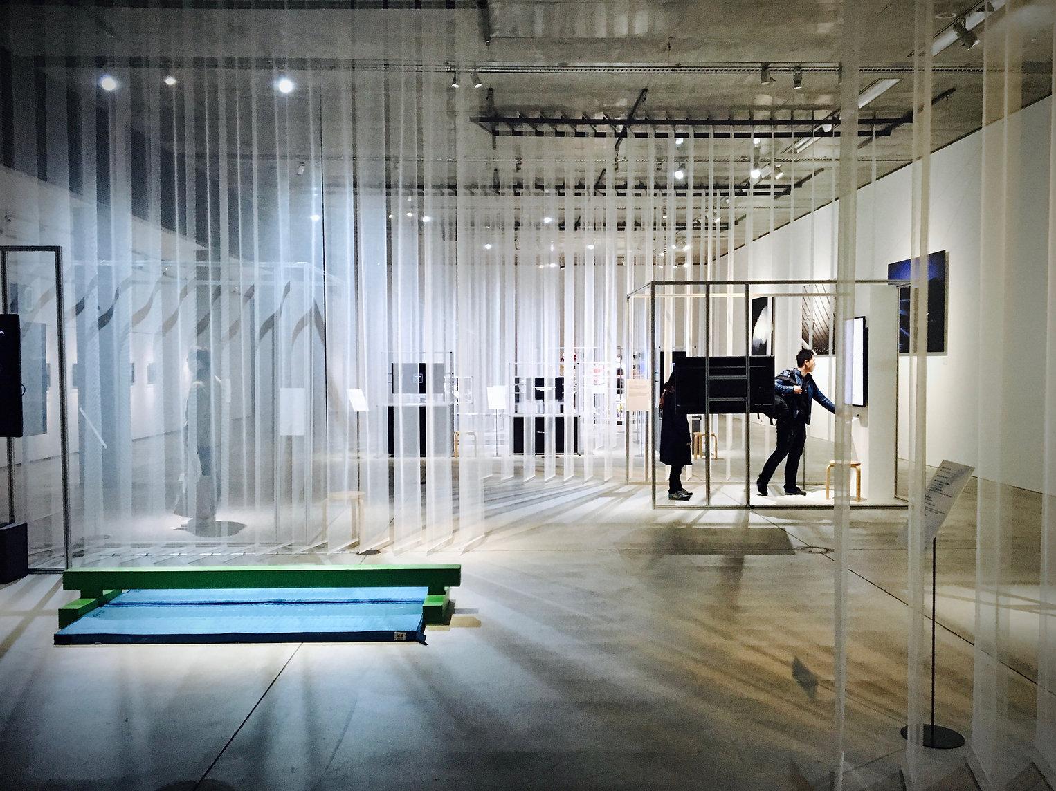 ギャラリーのホール