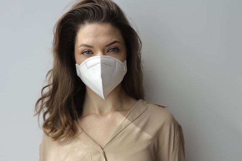 Femme, à, masque protecteur