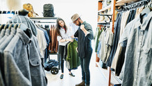 Les grandes fonctions du vêtement : du froid à la séduction