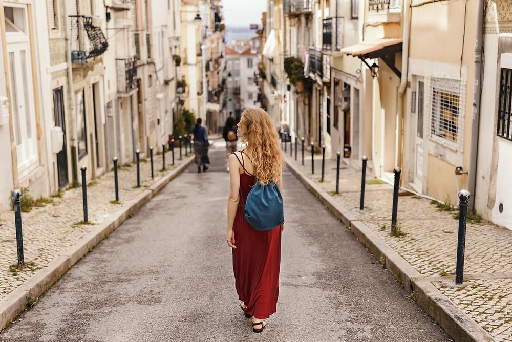Beneficios de caminar 3 Yoga Panamá autor Sonia Short