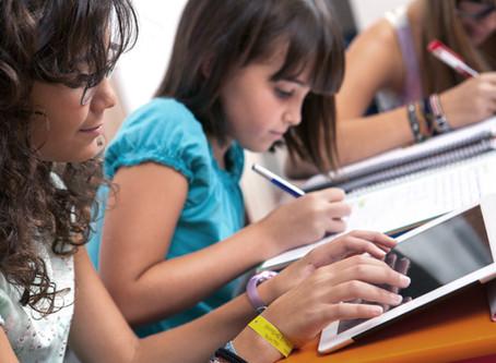 A TECNOLOGIA COMO CAMINHO PARA UMA EDUCAÇÃO