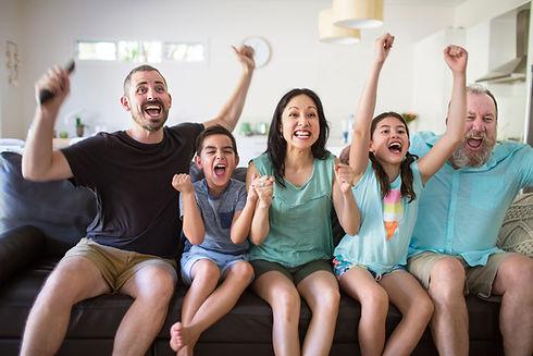 Familia animando