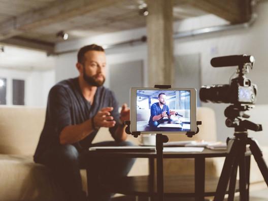 Porque sua marca precisa de um vídeo: 5 maneiras de se destacar [com exemplos]
