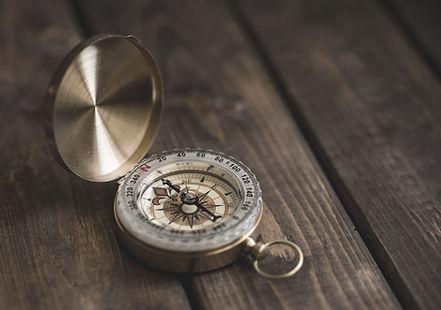 Kompass som pekar norr
