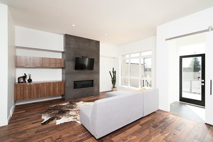 Kamer met hardhouten vloer