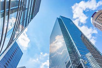 みずほ法律事務所とオフィス外の高層ビル