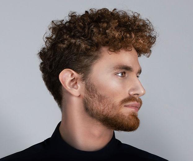 Jonge man met baard