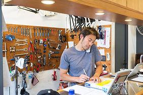 Magasin de réparation de vélos
