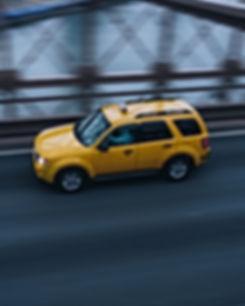 Taxi sur le pont